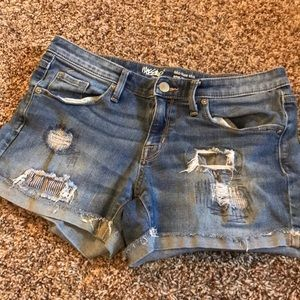 Mossimo distressed shorts